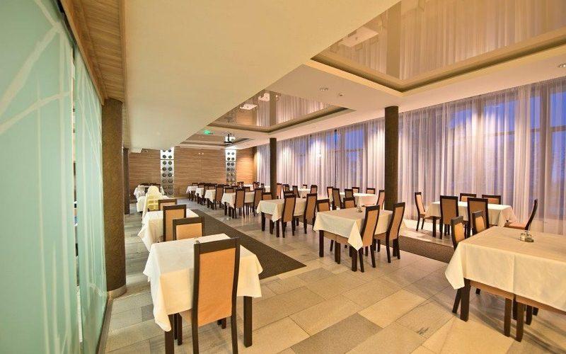 Ресторан, Отель Уран Татранска Ломница